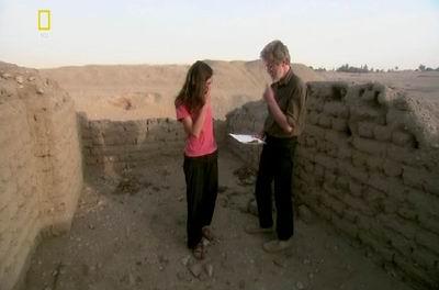 Барри Кемп (Barry Kemp) вместе с помощницей на месте раскопок Людвига Борхардта