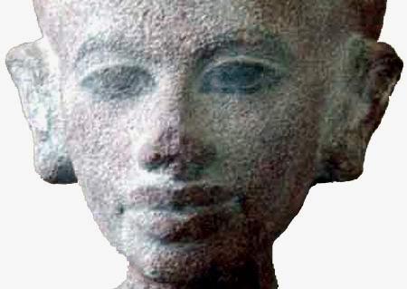 Голова дочки Нефертити (подлинник)