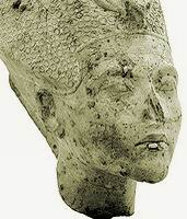 Зрелый Эхнатона (Каирский музей)