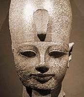Аменхотеп III (b) — подросток лет 13