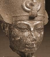 Amenhotep III (c) — юноша лет 18