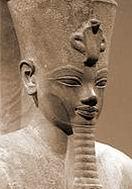 Аменхотеп III (d) — молодой человек лет 23