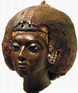 Жена Аменхотепа III, Тия (Tiji или Tiye)